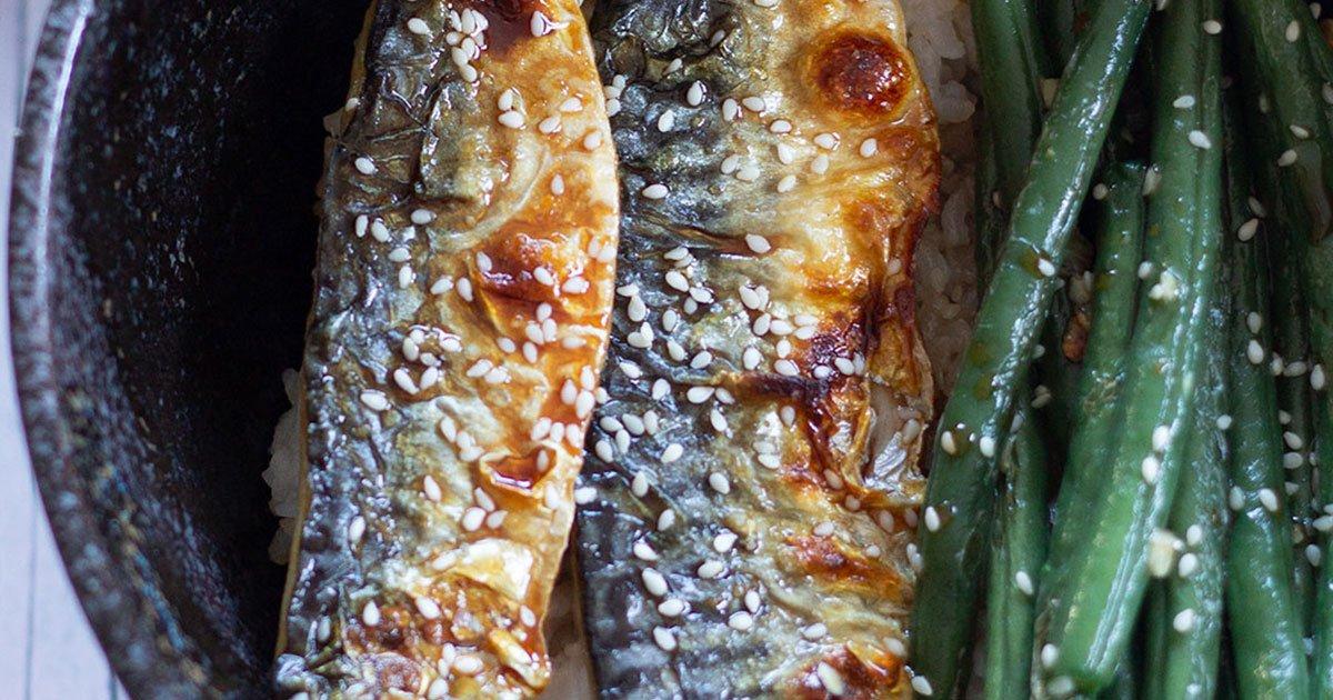 Grilled Mackerel Rice Bowls