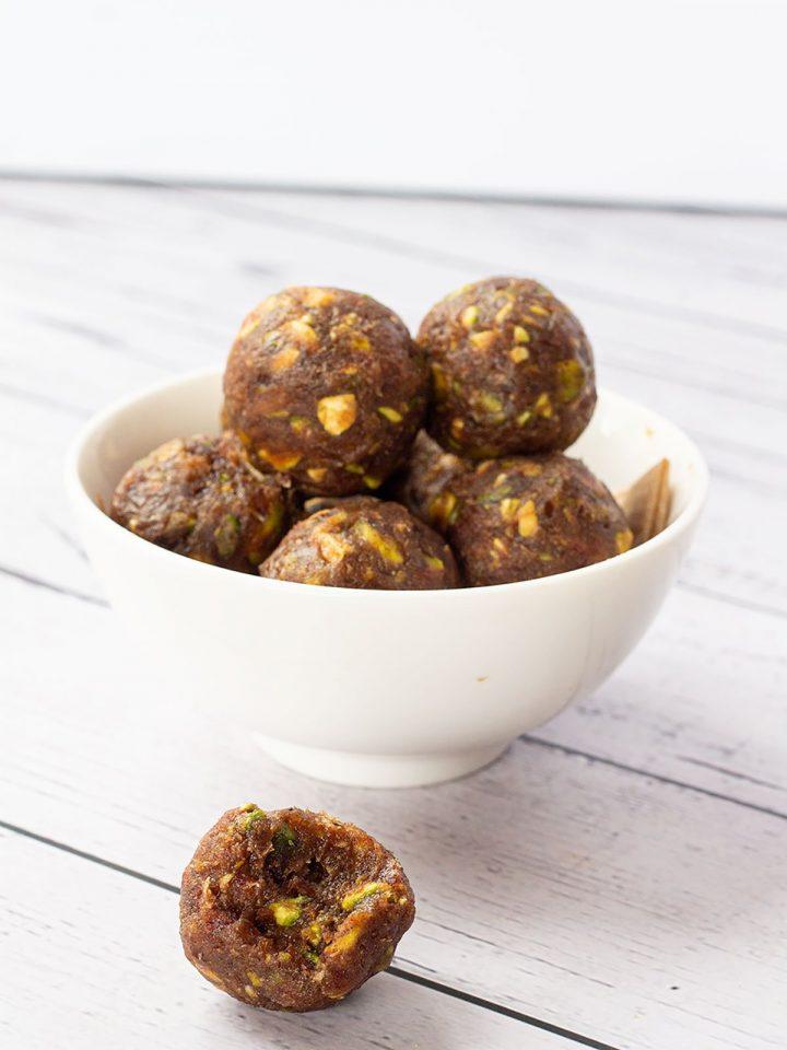 Pistachio date balls in a bowl