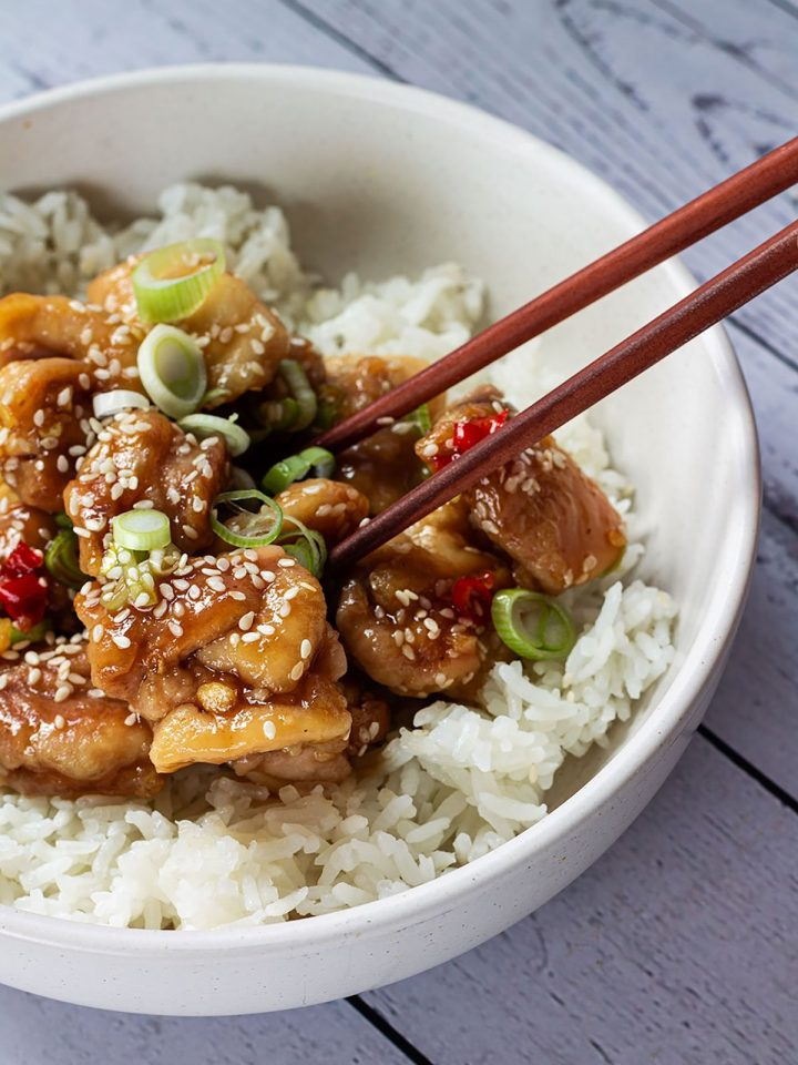 A bowl of Speedy and Spicy Sesame Chicken