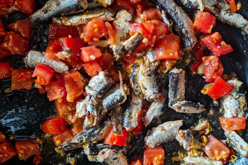 Spanish Sardines Pasta preparation